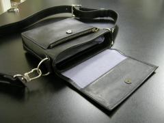 ショルダーポーチ 黒